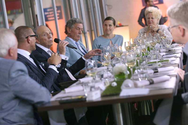 Arena Dining mit Rolf Königs