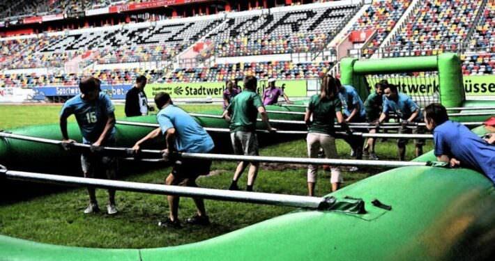 Incentives Human Soccer